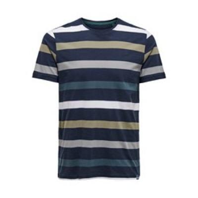 Only and Sons t-shirt